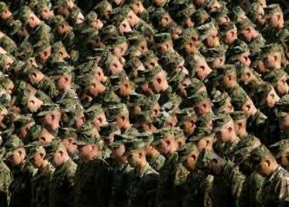 marines-bowing